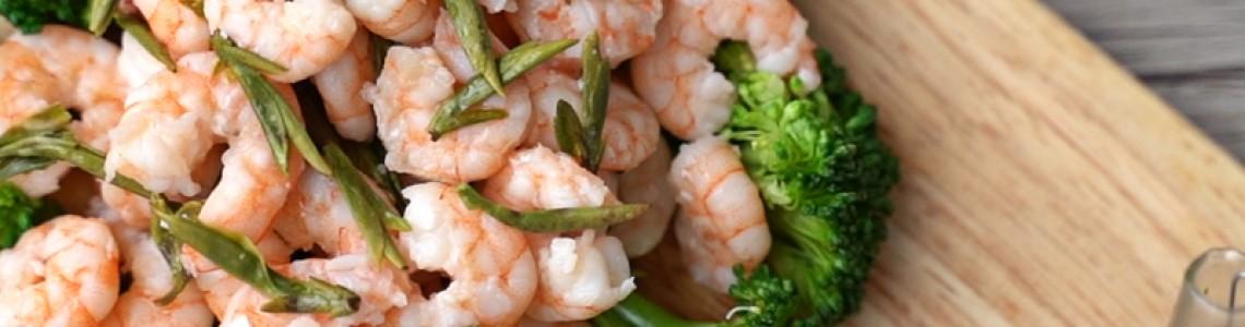 Shrimp Stir-fried with Longjing Tea(龙井虾仁)